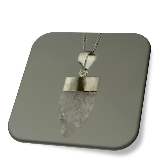 Kette mit Bergkristallanhänger